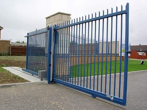 Откатные ворота на рельсе своими руками